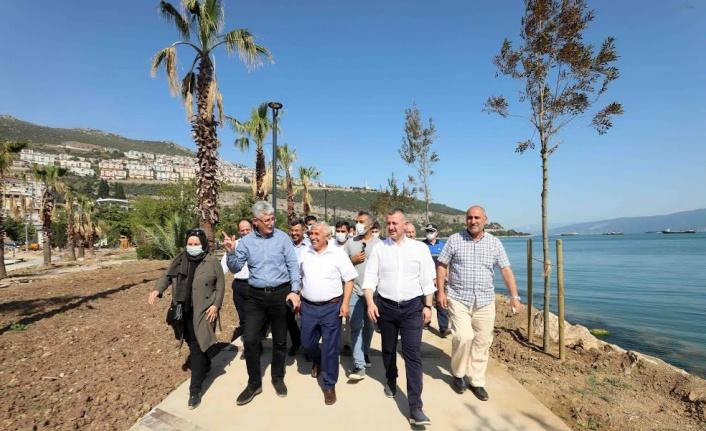 """Başkan Büyükakın, """"Hereke sahilini 30 Ağustos'ta hizmete açıyoruz"""""""