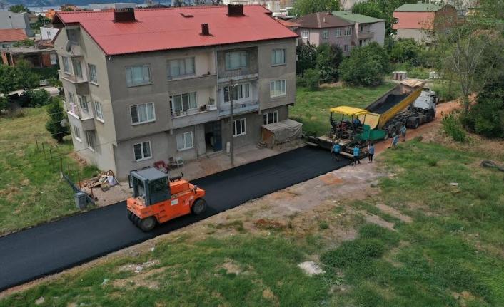 Körfez'de Altyapı sonrası yollar asfaltlanıyor
