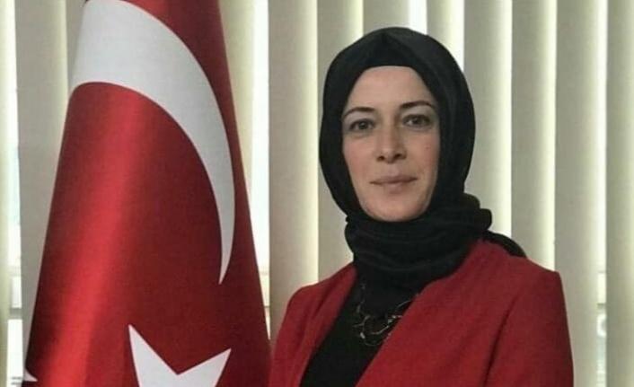 AK Parti, Körfez'de Kadın Kolları Başkanlığına Aysun Demir atandı