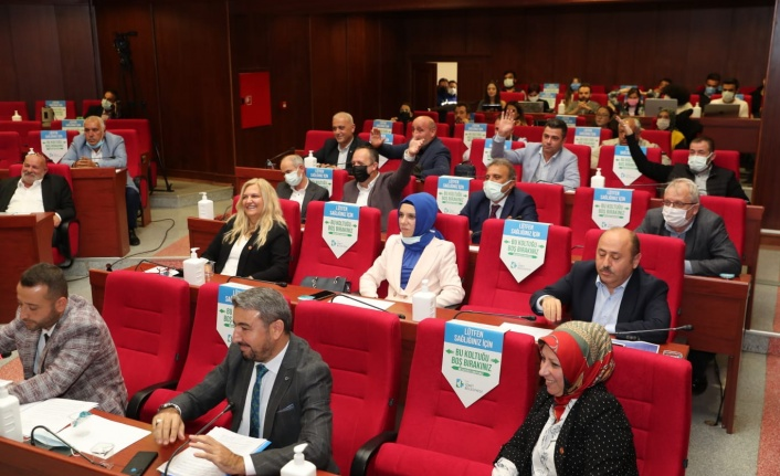 Hürriyet'in ücretsiz yurt talebine AKP ve MHP 'hayır' dedi