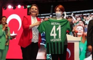 İzmitli Meral Akşener,İZGİM'in açılışına...